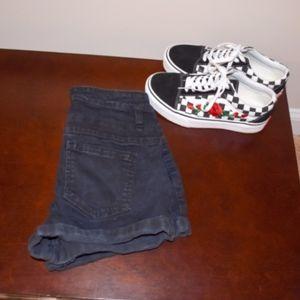 NEW LISTING! Black High Rise Short Shorts